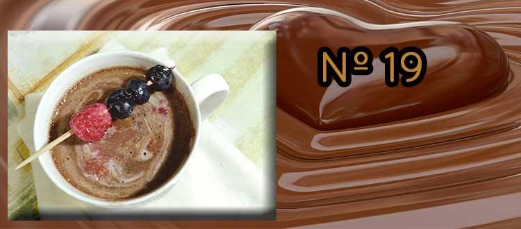 Receta de chocolate a la taza con mermelada de mora y menta